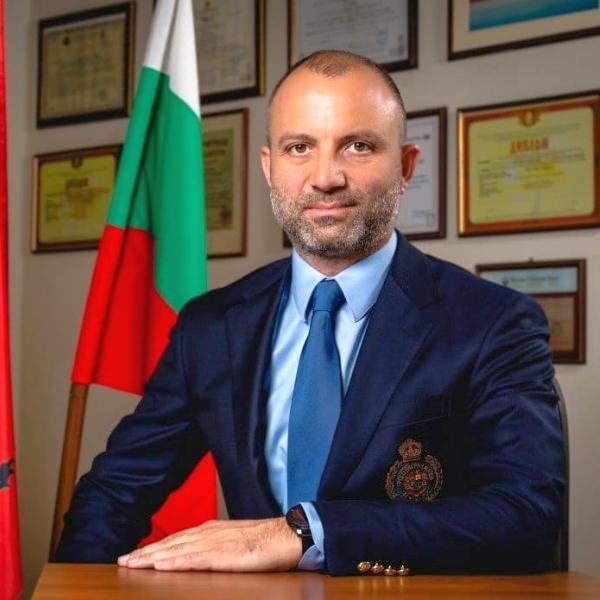 Николай Недялков