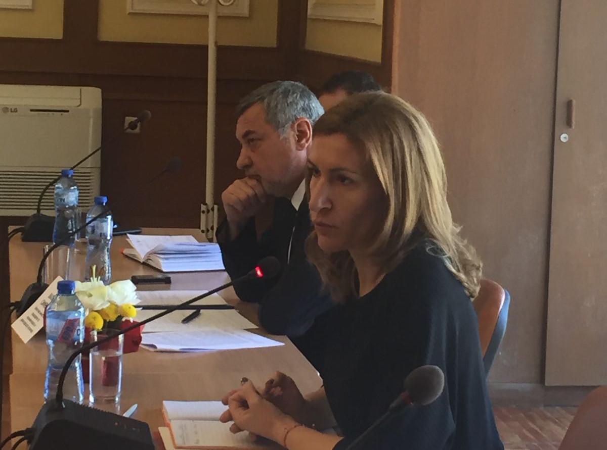 среща на министъра на туризма Ангелкова в Слънчев бряг