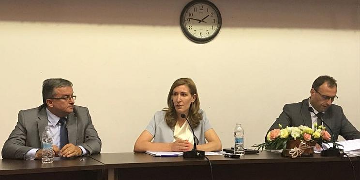 Министър Ангелкова на откритото заседание на Постоянната комисия по икономическа политика, енергетика и туризъм на Националното сдружение на общините в Република България