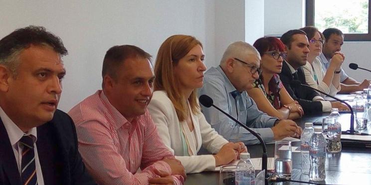 Министър Ангелкова на среща с бизнеса в Троян