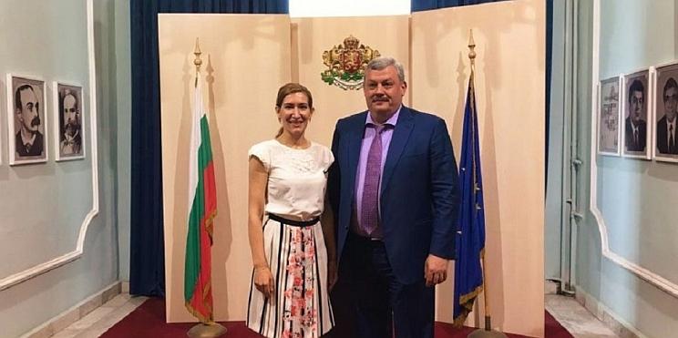 Министърът на туризма Николина Ангелкова и ръководителят на Република Коми Сергей Гапликов