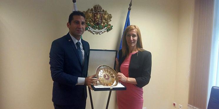 Министър Ангелкова и Мехмед Гюркайнак