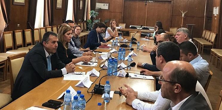 Министър Ангелкова проведе работна среща с кметове от Област Бургас