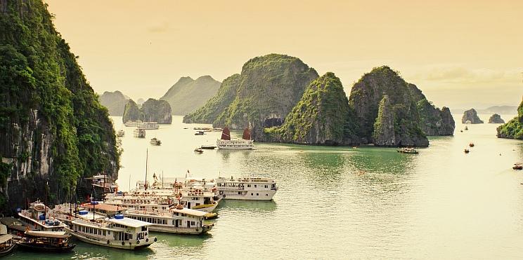 заливът Ха Лонг, Виетнам