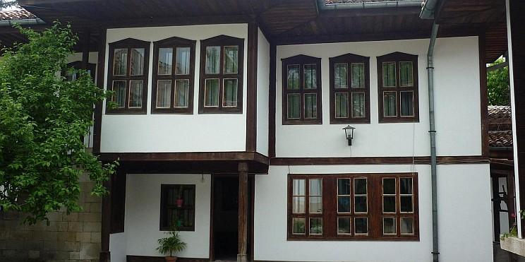 Къща-музей на Панайот Волов