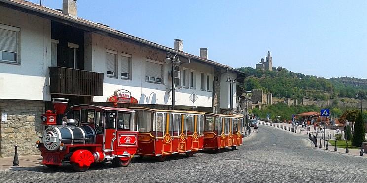 туристическото влакче на Велико Търново