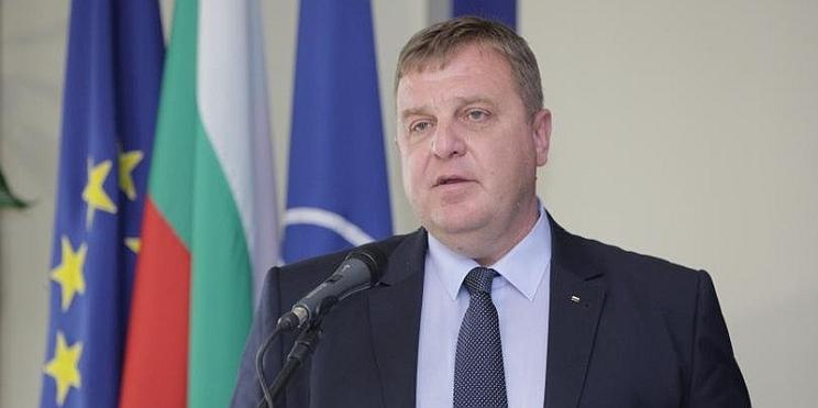 министър на отбраната Красимир Каракачанов
