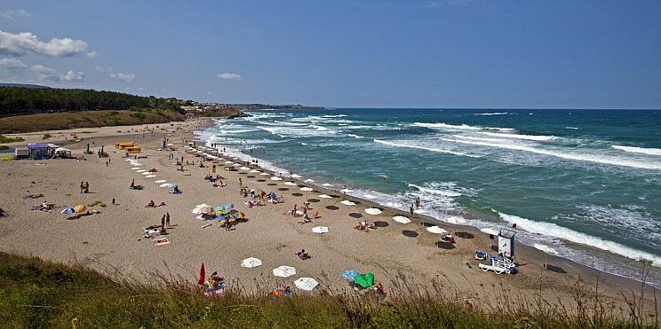 плажът в Ахтопол
