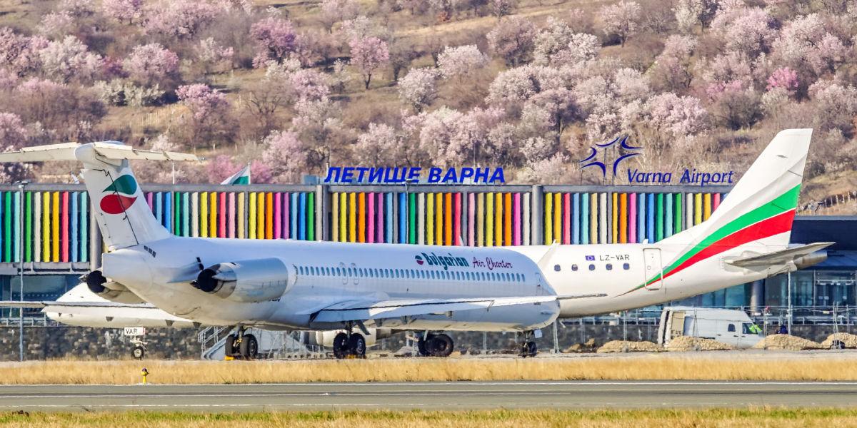 Летище Варна през пролетта